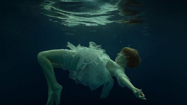 Ngủ mơ thấy người chết đuối, chết trôi sông báo điềm gì?