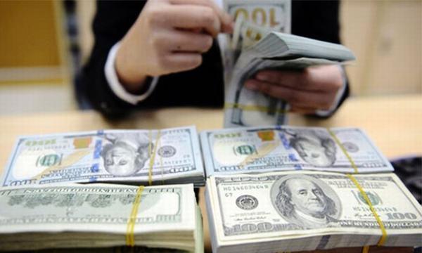 Nằm mơ thấy mình đếm tiền cho người khác