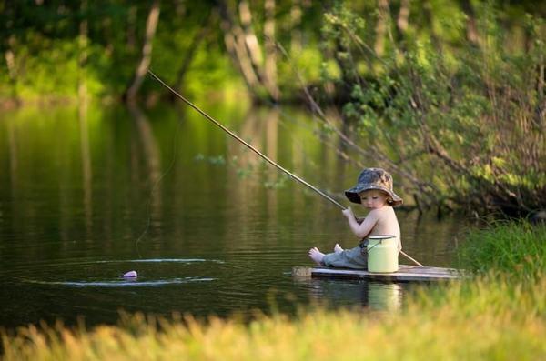Chiêm bao thấy mình bắt cá, câu cá