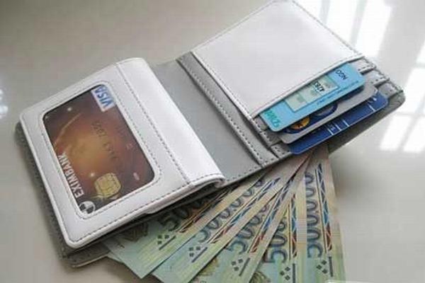 Nằm mơ thấy mất ví tiền rồi tìm lại được