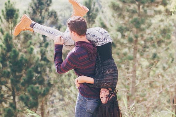 Vì sao lại nằm mơ thấy người yêu cũ ôm mình hoặc hôn mình?