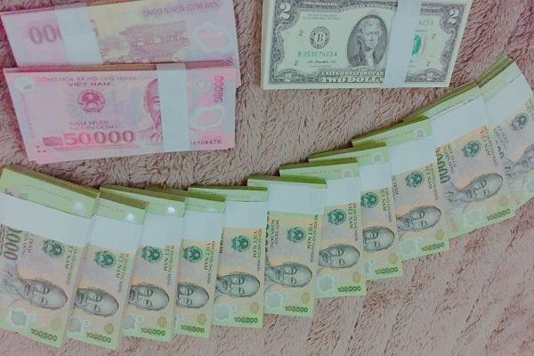 Nằm mơ thấy tiền 100 nghìn đánh con gì | Giải mã giấc mơ thấy tiền 100.000 VNĐ báo điềm gì?