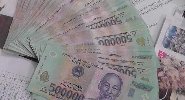 Nằm mơ thấy tiền 500 nghìn (500.000) đánh con gì?