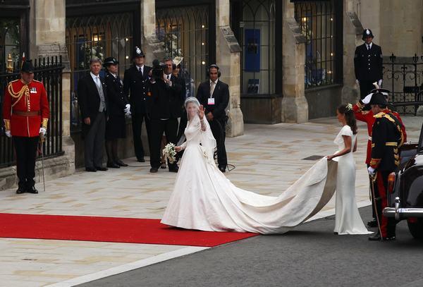 Nằm mơ thấy đám cưới đánh con gì?