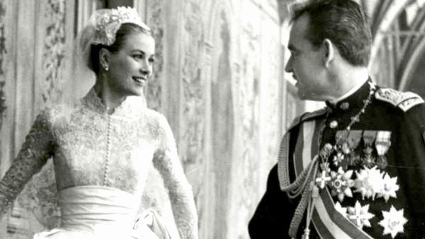 Mơ thấy một đám cưới hoàng gia