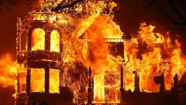 Nằm mơ thấy cháy nhà là điềm báo gì, hên hay xui?
