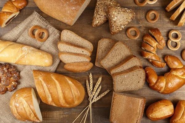 Nằm mơ thấy ăn bánh liên quan đến con số gì?