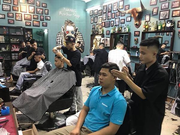 Nằm mơ thấy cắt tóc cho người thân gia đình