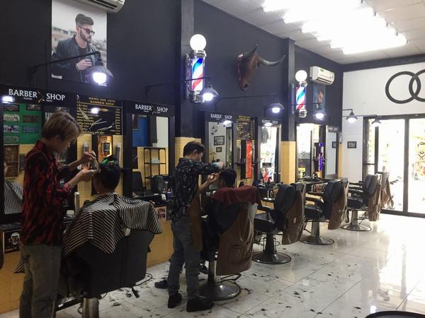Đàn ông mơ thấy cắt tóc cho vợ của mình