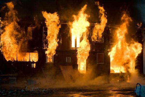 Vì sao lại có những giấc mơ thấy cháy nhà?