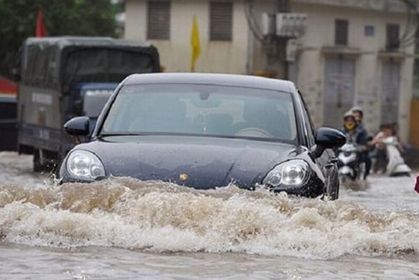 Nằm mơ thấy xe ô tô bị ngập nước đánh con gì?