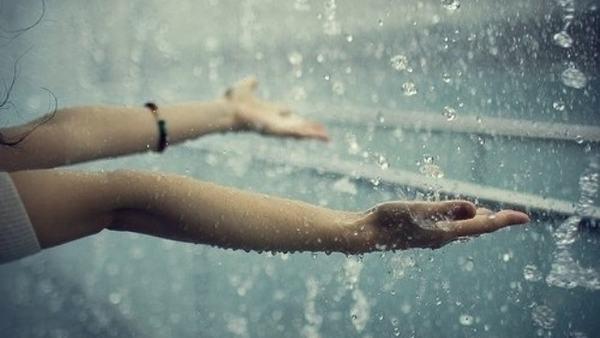 Giải mã giấc mơ thấy trời mưa có ý nghĩa gì?