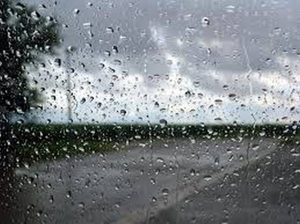 Giải mộng thấy trời mưa phùn có gió lạnh lẽo