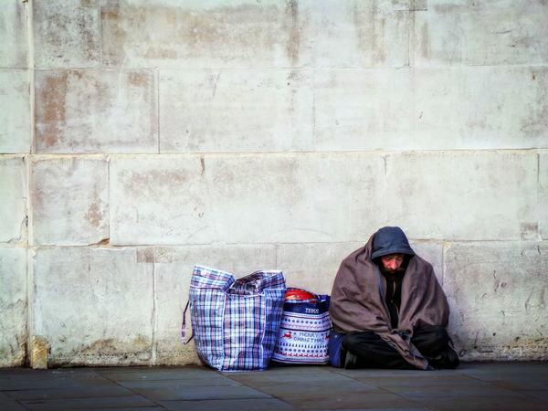 Giải mộng chiêm bao thấy 1 người vô gia cư (homeless) nhiều lần