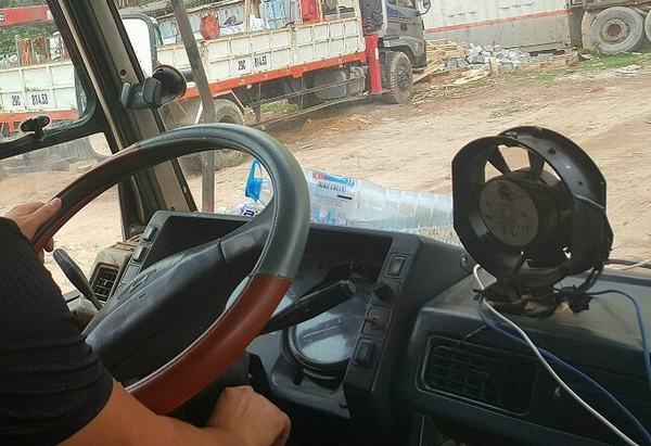 Nằm mơ thấy mình lái xe tải