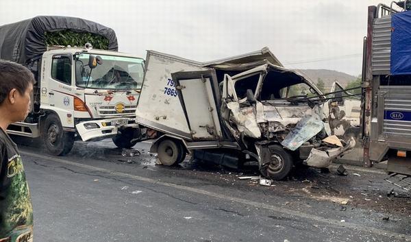 Mơ thấy tai nạn xe tải